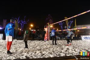 Mecz gwiazd w siatkówce na śniegu