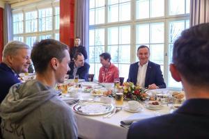 Prezydenckie śniadanie kadry skoczków